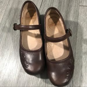 Dansko Savanna Brown Leather Mary Janes size 7